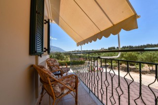 bungalow ionis balcony
